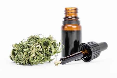 medicalcannabismarijuanaoilreadyforconsumption